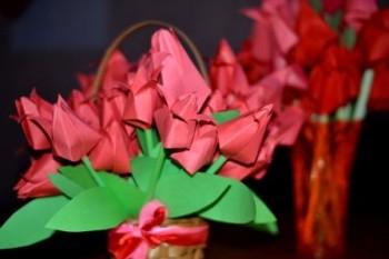 Расцветают тюльпаны памяти